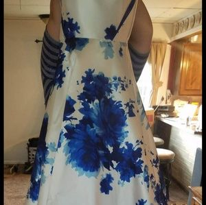 Dresses & Skirts - Prom Gown size 18